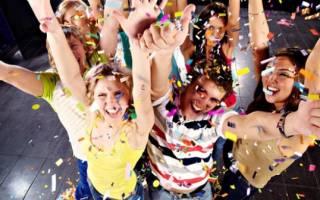 Родителям на выпускной дочки. Лучшие поздравления с выпускным в стихах и в прозе: для классных руководителей, выпускников и их родителей. Место для проведения праздника